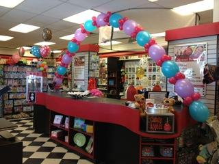 Link-a-Loon Balloon Arch at Cody Party Store & Rentals