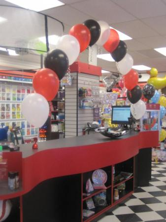 String Of Pearls Balloon Arch at Cody Party Store & Rentals